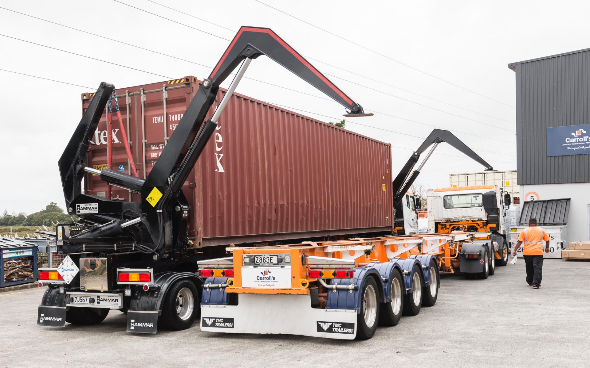 Carrolls_Crane-Truck_Heading